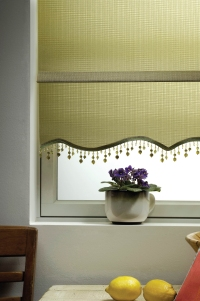 roller shades in Lattice fabric